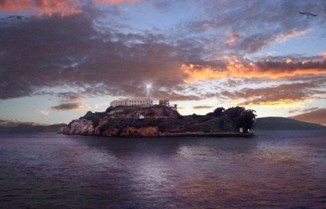Alcatraz_Island_at_Sunset